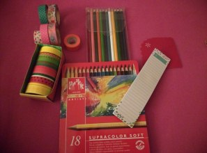 Gadgets: washi tape, sticky notepad (EC), StylizedSticky™ corner pockets (EC, Supracolor Soft water colors (Caran d'Ache), color pencils
